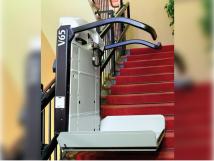 Vimec V65. Стационарный наклонный лестничный подъемник (платформа)